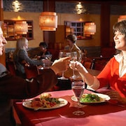 Pariskunta ravintolassa