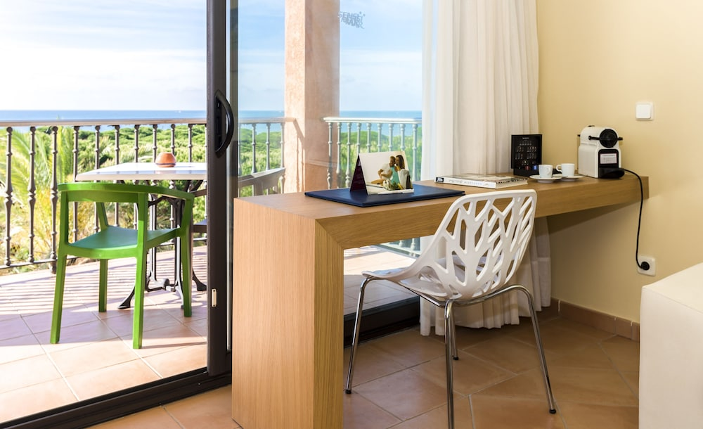Room Amenity, TUI BLUE Isla Cristina Palace - Adults Only