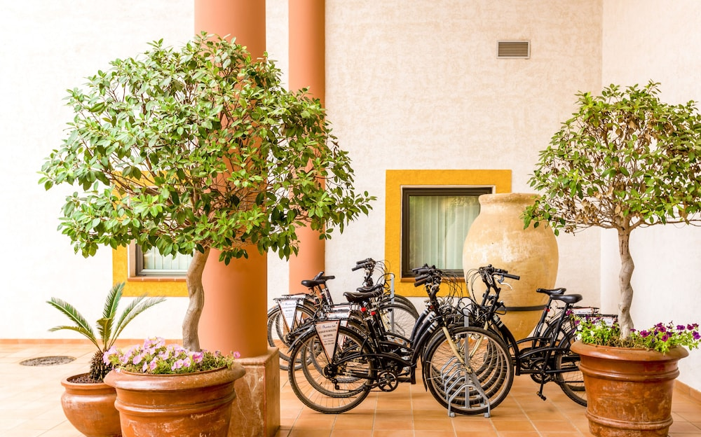 Bicycling, TUI BLUE Isla Cristina Palace - Adults Only