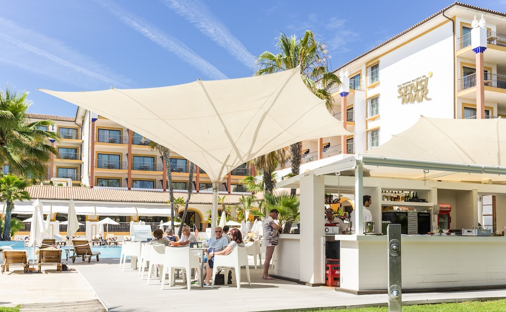 Poolside Bar, TUI BLUE Isla Cristina Palace - Adults Only
