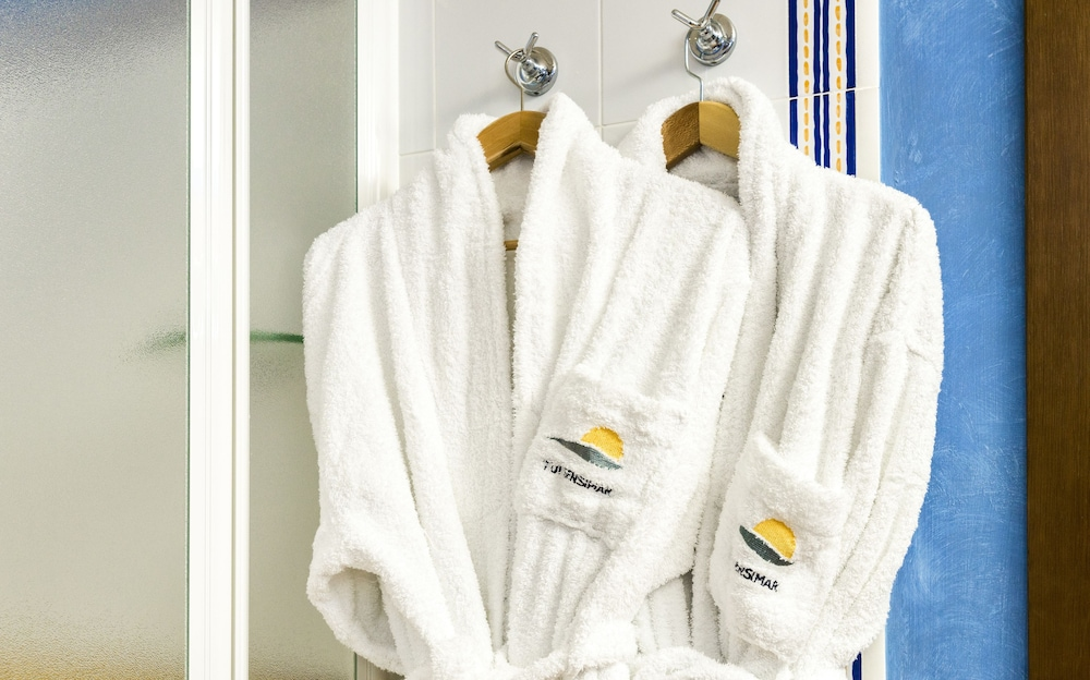 Bathroom Amenities, TUI BLUE Isla Cristina Palace - Adults Only