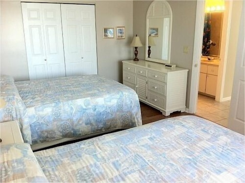 Gulfview Manor Resort 3 0 Out Of 5 Beach Featured Image Guestroom