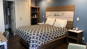 高档床上用品、书桌、遮光窗帘、熨斗/熨衣板