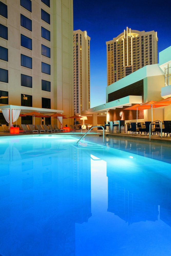 Pool, Marriott's Grand Chateau (No Resort Fee)