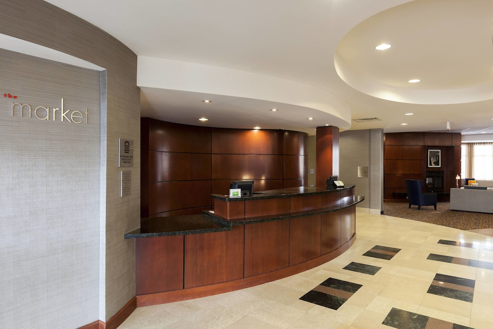 47bda9f6d48389 Courtyard by Marriott Chicago Schaumburg Woodfield Mall 3.0 out of 5.0.  Exterior Featured Image Lobby ...