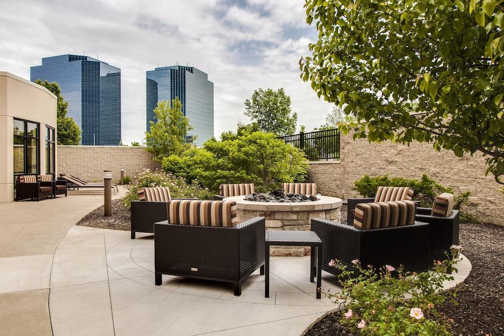 b3d8535a41bb84 Courtyard by Marriott Chicago Schaumburg Woodfield Mall  2019 Room ...