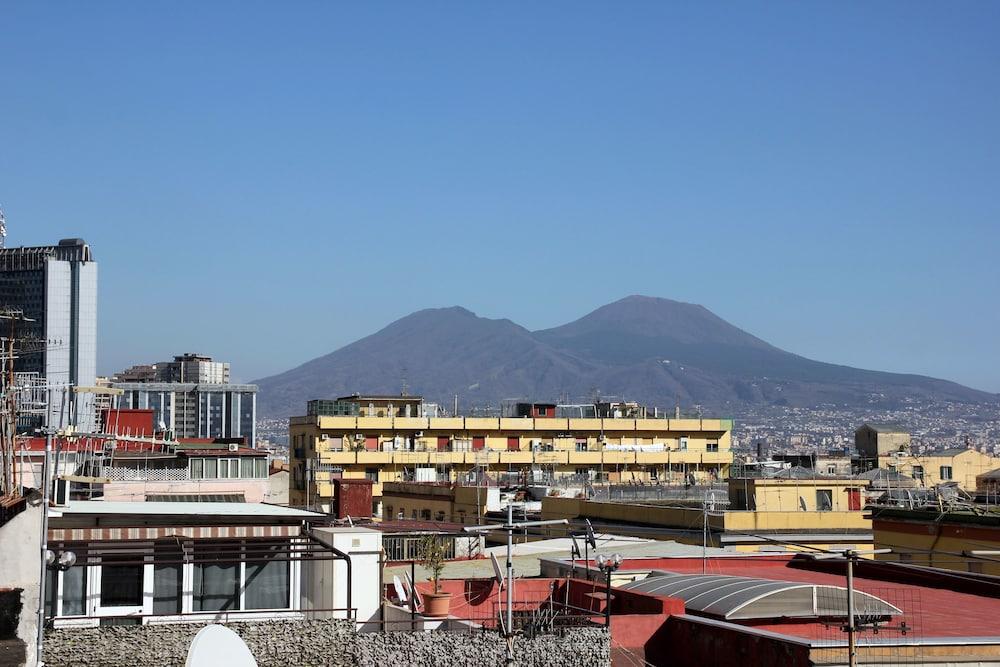 B&B Soggiorno Elia (Napoli, Italia) | Expedia.it