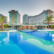 Sherwood Breezes Resort - All Inclusive