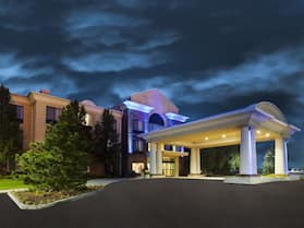Holiday Inn Express & Suites Montpelier, an IHG Hotel