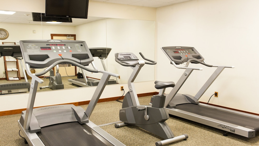 Fitness Facility, Holiday Inn Express and Suites Turlock