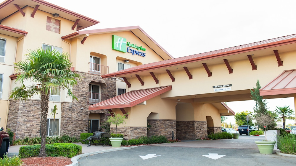 Featured Image, Holiday Inn Express and Suites Turlock