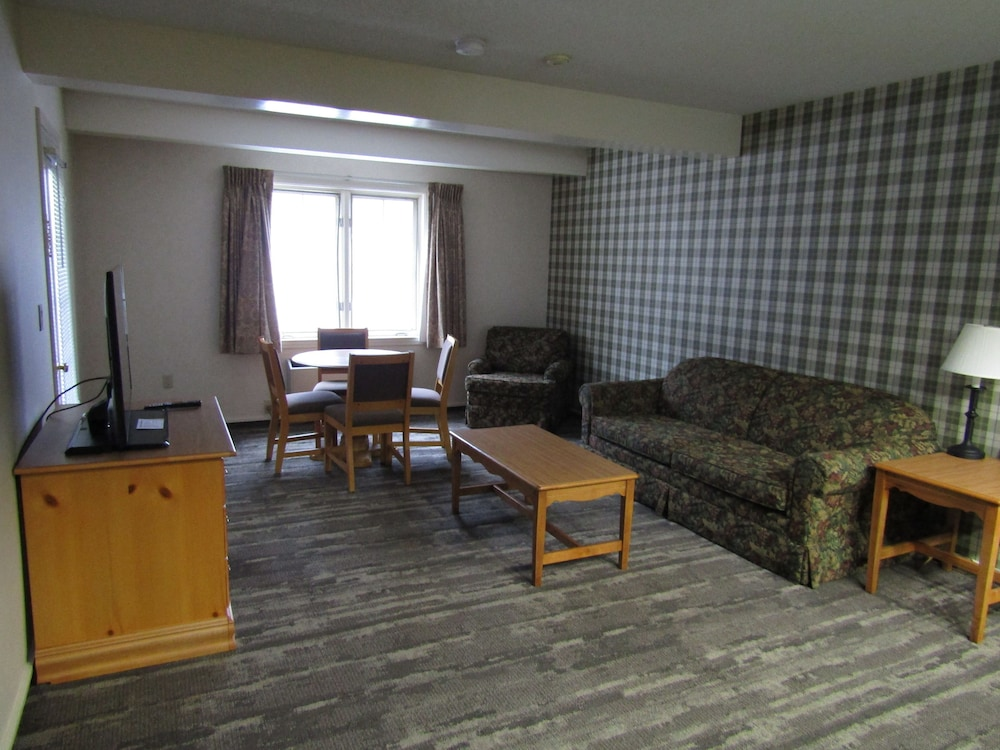 Living Area, Green Granite Inn