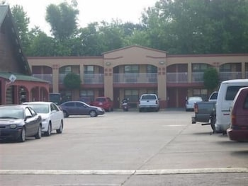 Featured Image, Tahlequah Motor Lodge
