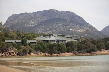 Freycinet National Park, Coles Bay Rd, Coles Bay TAS 7215, Australia.