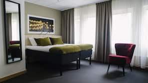 Allergivenligt sengetøj, mørklægningsgardiner, gratis Wi-Fi, sengetøj