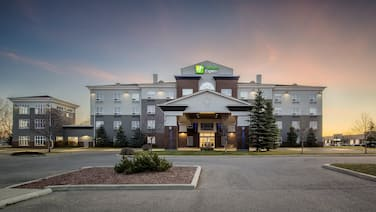 Holiday Inn Express Hotel & Suites Airdrie-Calgary North, an IHG Hotel