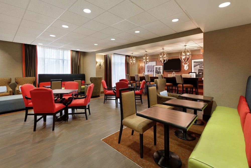 Lobby, Hampton Inn Wichita Falls Sikes Senter Mall