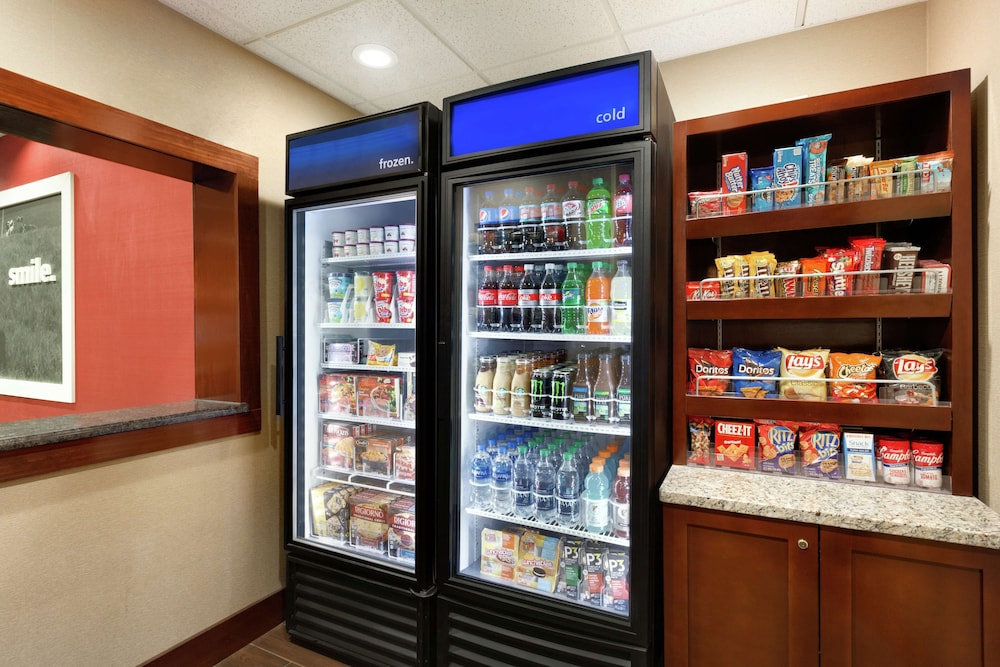 Snack Bar, Hampton Inn Wichita Falls Sikes Senter Mall