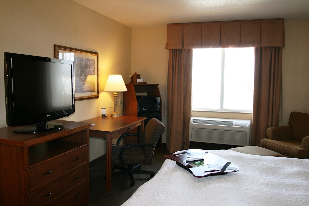 Room, Hampton Inn Pittsburgh Area Beaver Valley CenterTownship