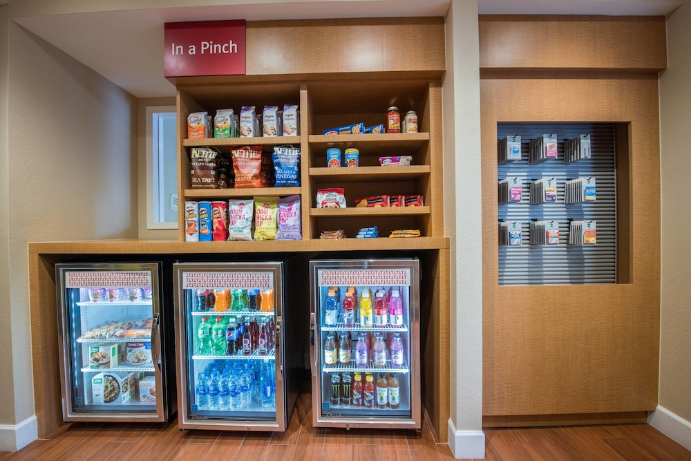 Gift Shop, TownePlace Suites by Marriott San Jose Campbell