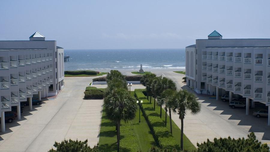 Casa Del Mar Beachfront Suites Onsite Team
