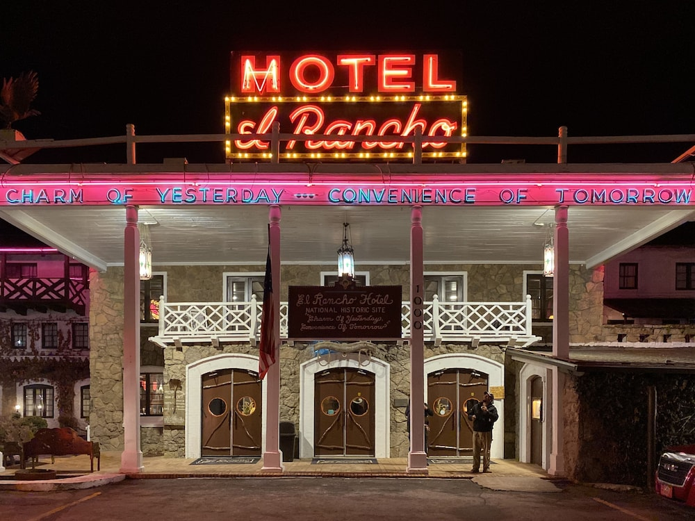 Front of Property - Evening/Night, El Rancho Hotel