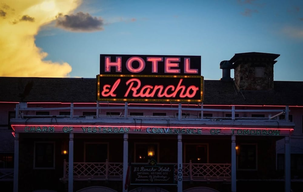 Featured Image, El Rancho Hotel