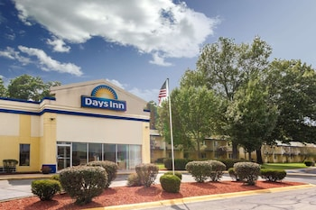 Days Inn by Wyndham Portage