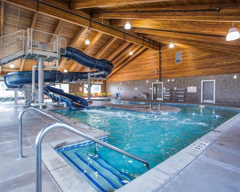 Comfort Suites Coralville 2019 Room Prices 80 Deals Reviews