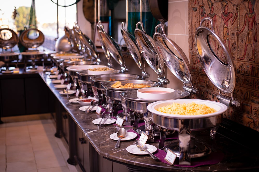 Breakfast buffet, Arabian Courtyard Hotel & Spa