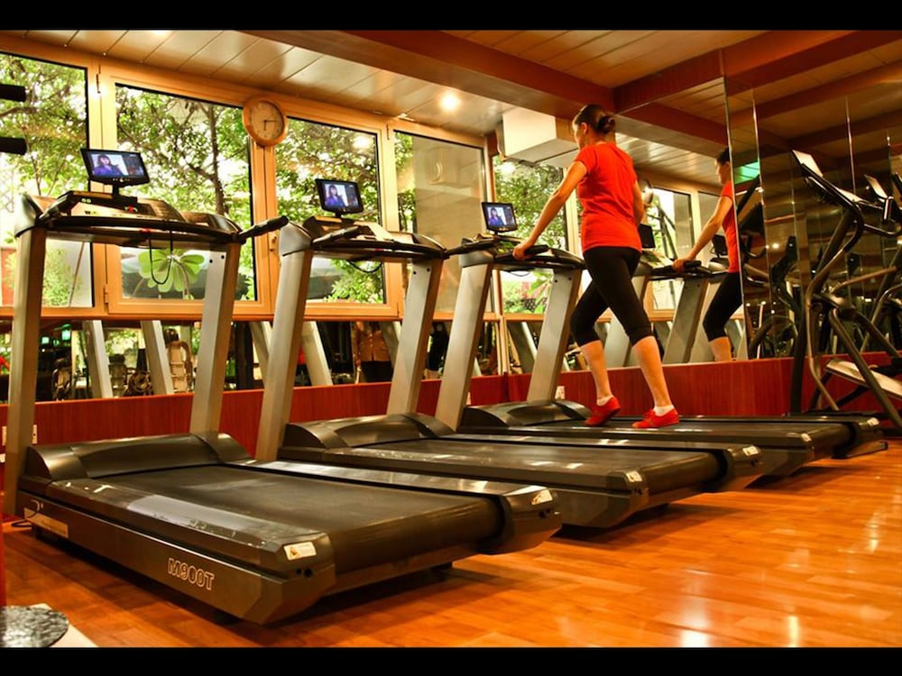 Gym, Arabian Courtyard Hotel & Spa