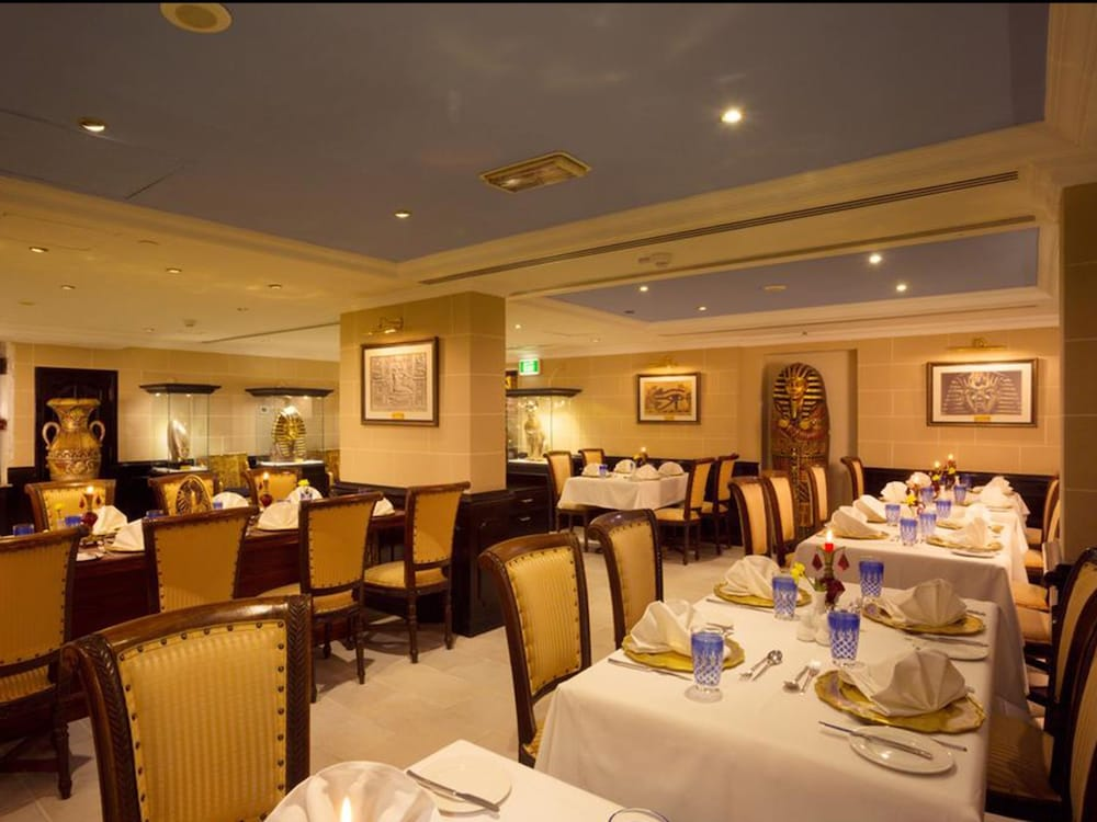 Restaurant, Arabian Courtyard Hotel & Spa