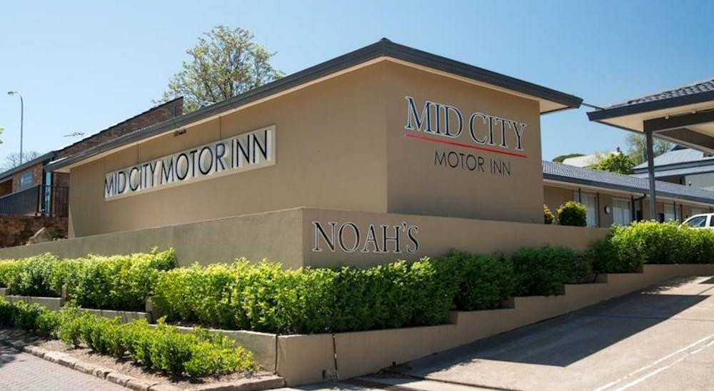Book noah 39 s mid city motor inn muswellbrook hotel deals for Motor city casino hotel deals
