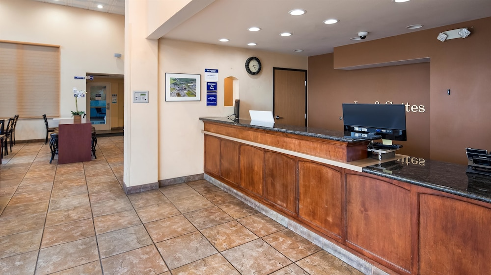 Lobby, Best Western I-5 Inn & Suites