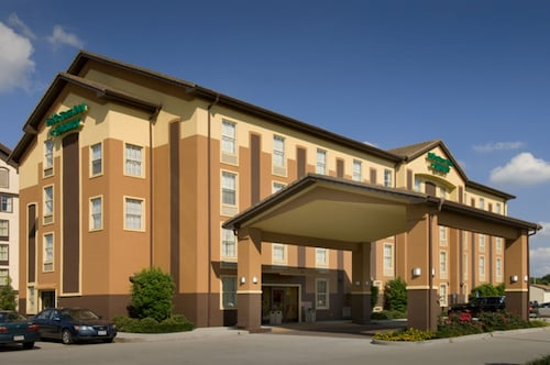 Check Expedia for Availability of Pear Tree Inn - Lafayette, LA
