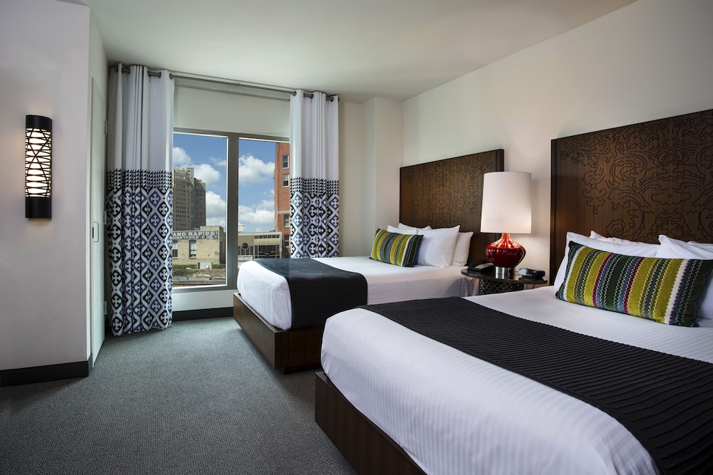 City View, Hotel Contessa - Luxury Suites on the Riverwalk