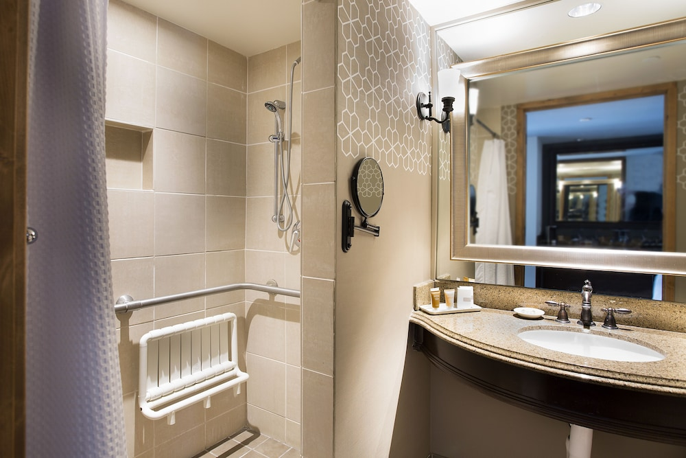 Bathroom, Hotel Contessa - Luxury Suites on the Riverwalk
