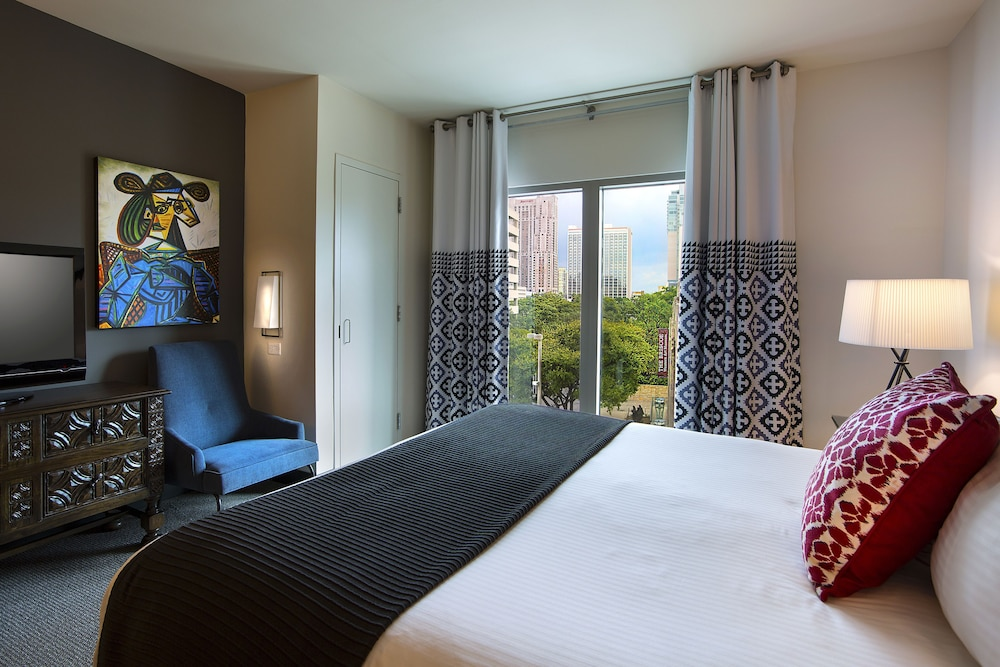 Room, Hotel Contessa - Luxury Suites on the Riverwalk