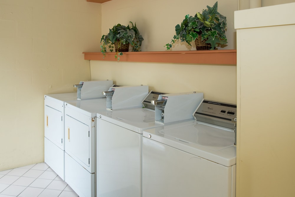 Laundry Room, Tropical Beach Resorts