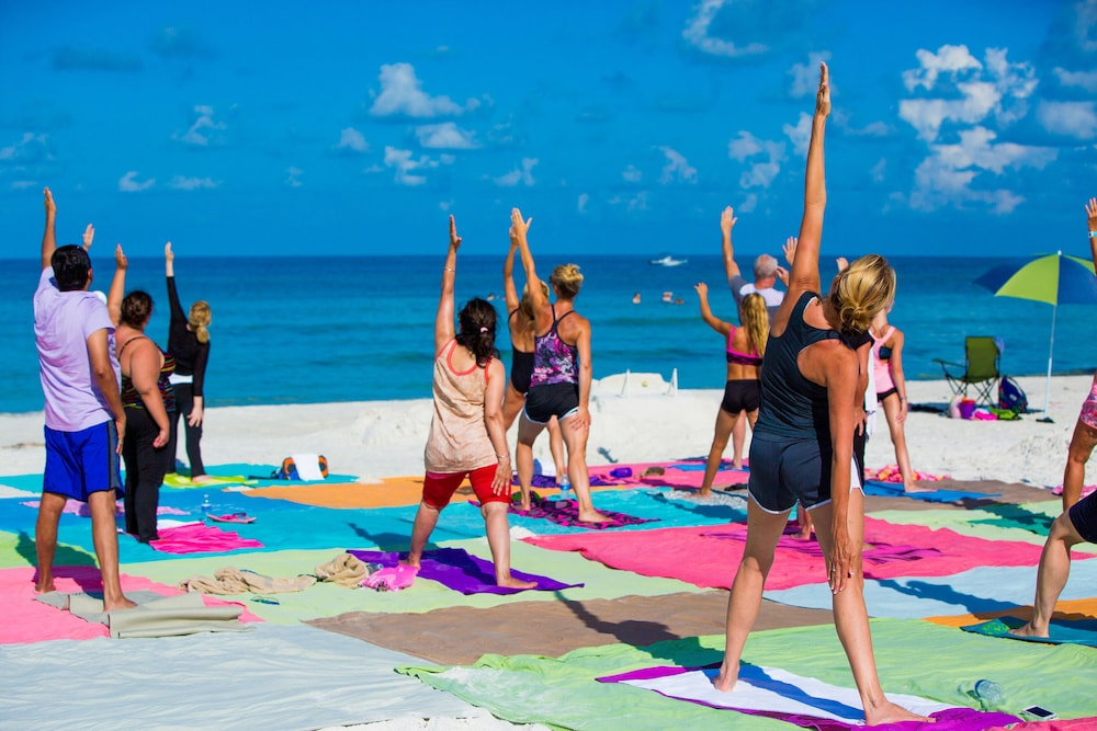 Yoga, Tropical Beach Resorts
