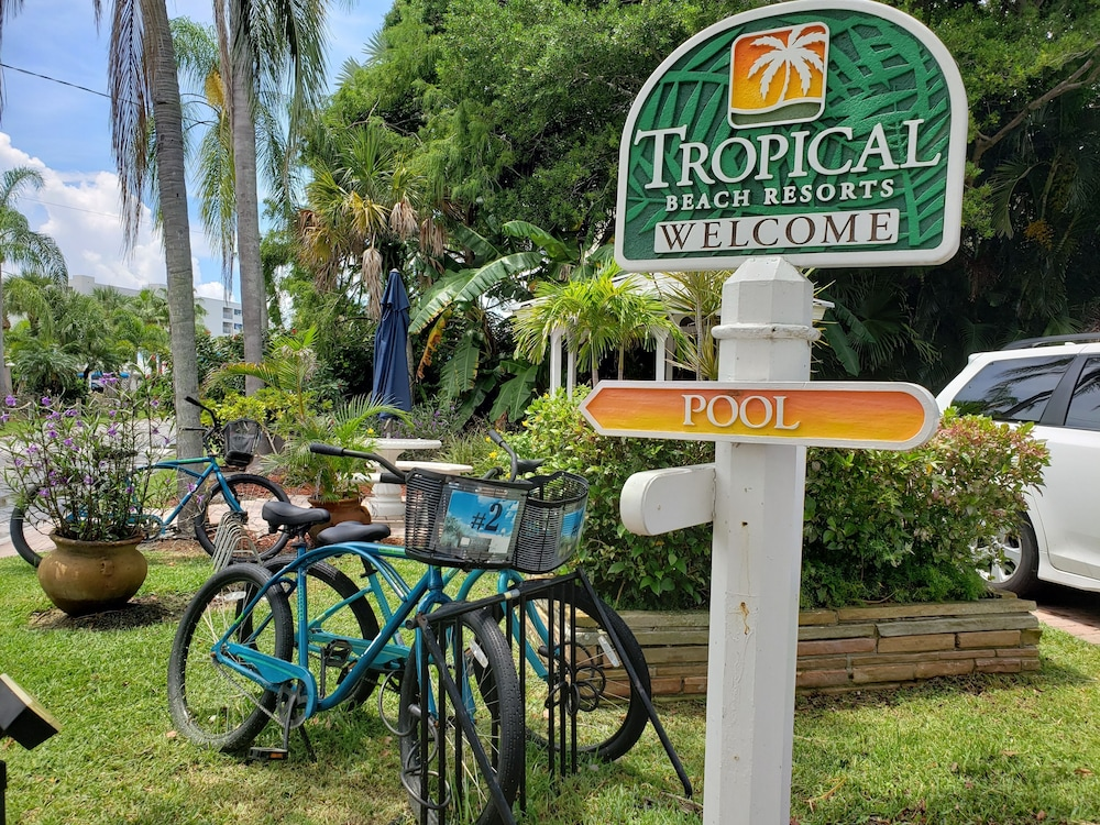 Bicycling, Tropical Beach Resorts