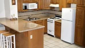냉장고, 전자레인지, 커피/티 메이커, 토스터