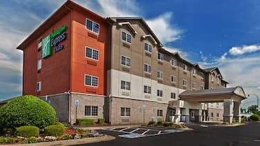 Holiday Inn Express Hotel & Suites Jenks, an IHG Hotel