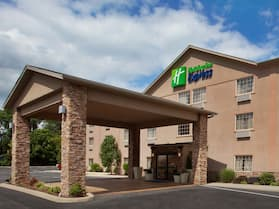 Holiday Inn Express Mount Pleasant-Scottdale, an IHG Hotel