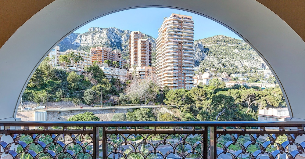 Balcony View, Monte-Carlo Bay Hotel & Resort