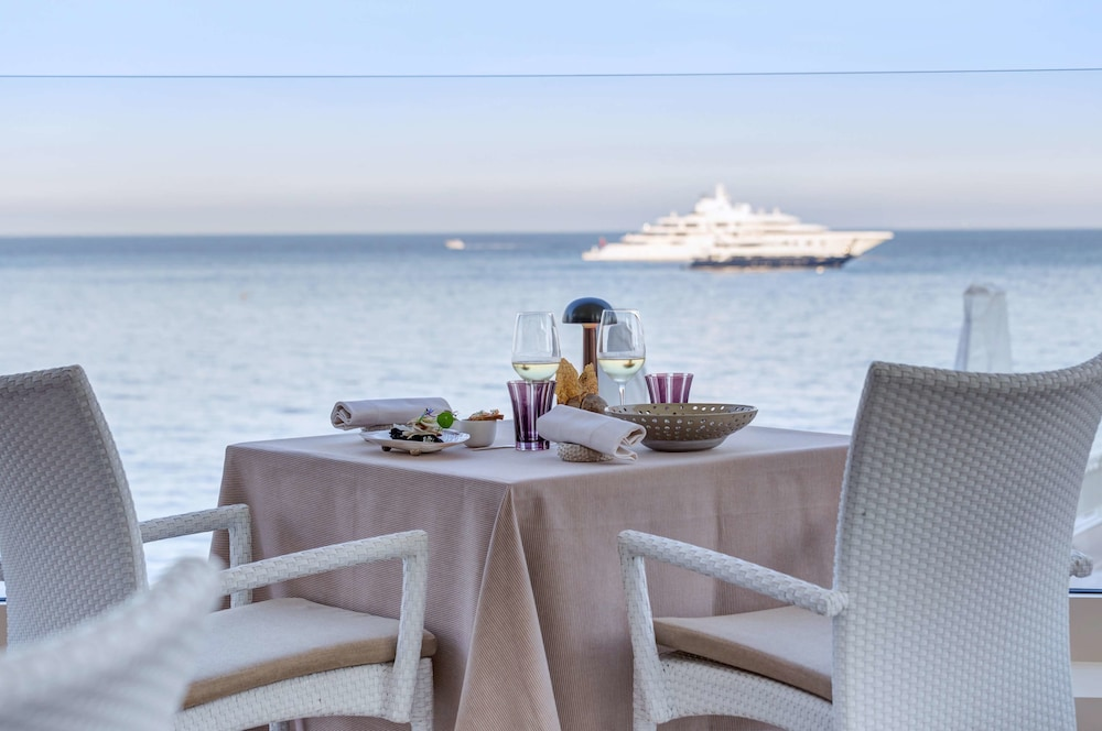 Dining, Monte-Carlo Bay Hotel & Resort