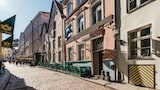 Merchants House Hotel - Tallinn Hotels