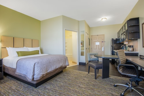 Candlewood Suites Jefferson City