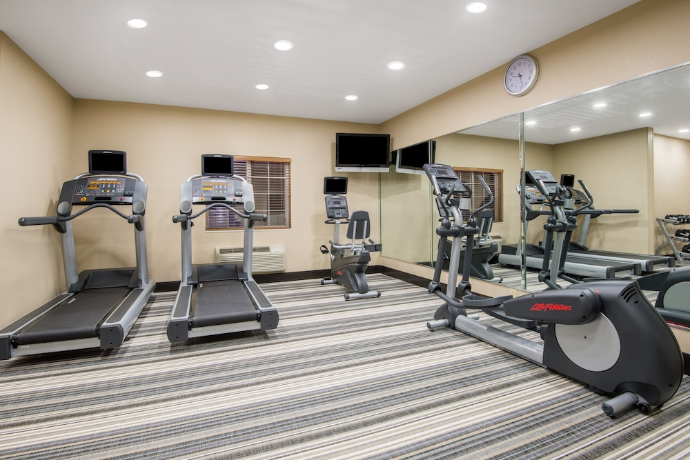 Fitness Facility, Candlewood Suites Jefferson City, an IHG Hotel