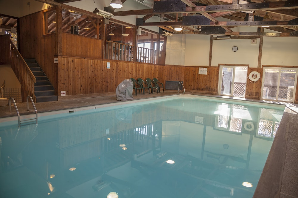 Mountainside Resort At Stowe Room Prices Deals Reviews - Incredible swimming pool cost 2000000